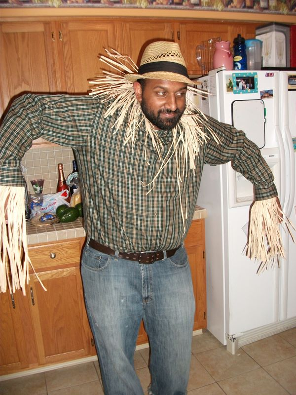 My BIL is a scarecrow
