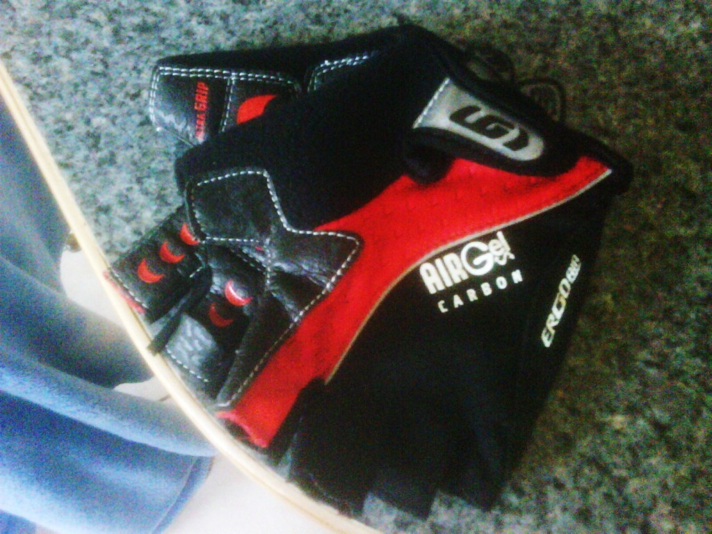 New Louis Garneau cycling gloves