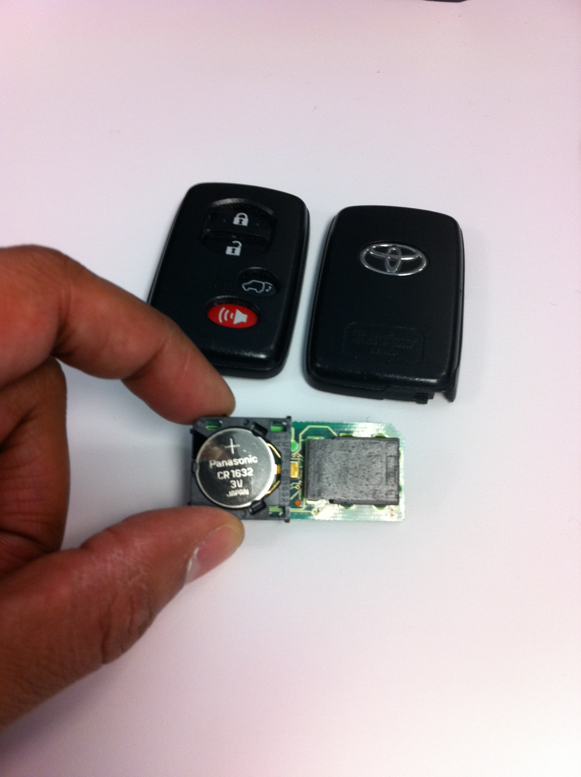 2014 toyota highlander key fob replacement